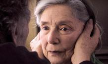 "Cena de ""Amour"" (2012), escrito e dirigido por Michael Haneke"